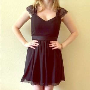Black forever 21 lace/chiffon goth dress M